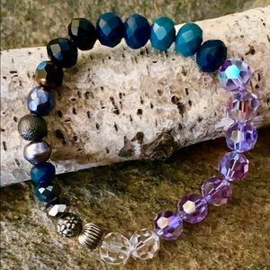 Jewelry - Handmade beaded crystal bracelet